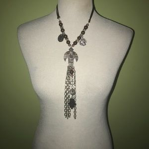3/$28 Gorgeous Silver Necklace